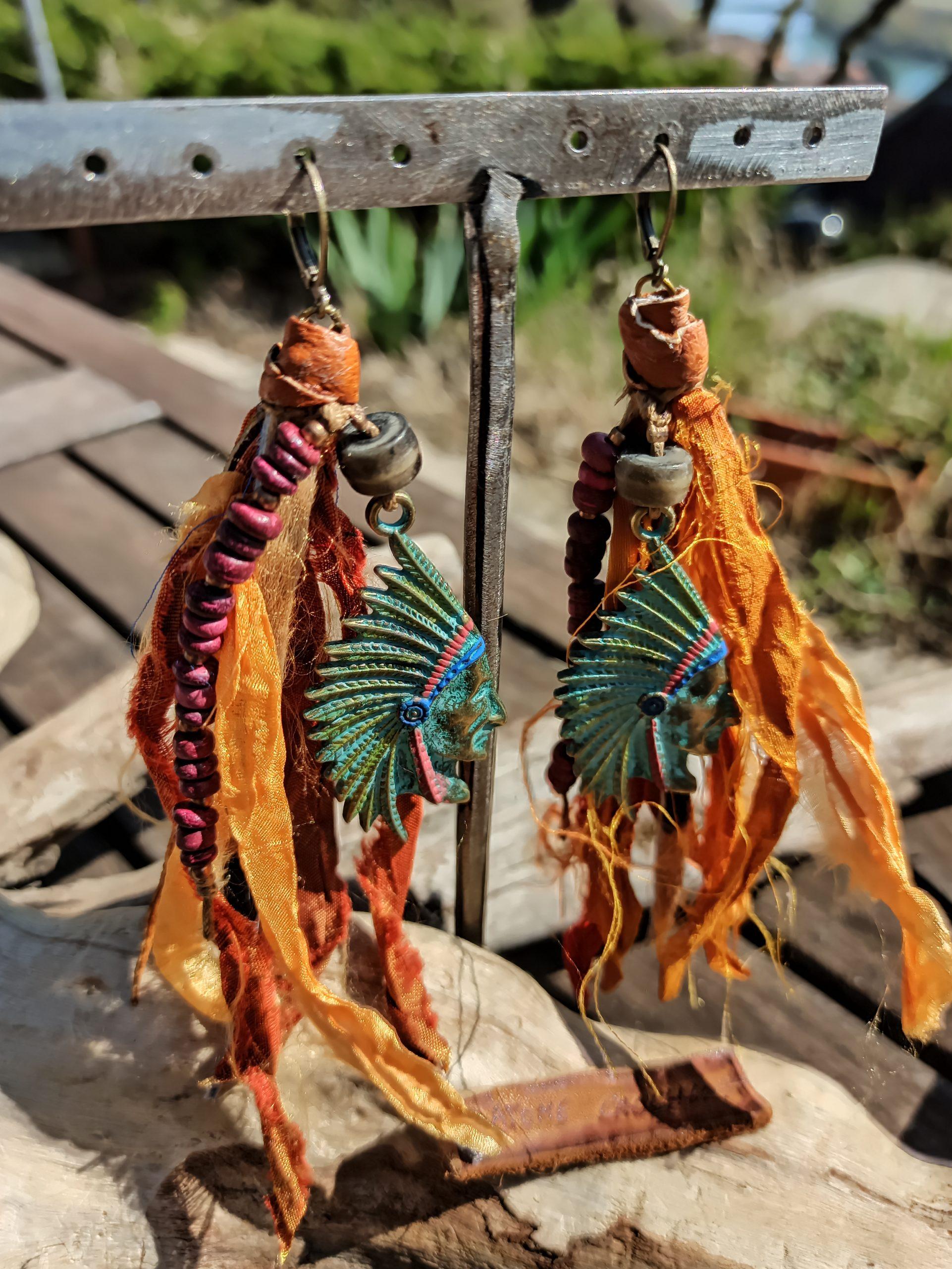 atome-crochu-amerindiens-orange-cuir-tendance-2020-bijoux